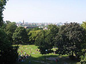 Teltow (region) - Blick vom Nordhang des Teltow, vom Kreuzberg über Berlin