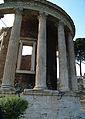 Templo de Vesta 04.jpg