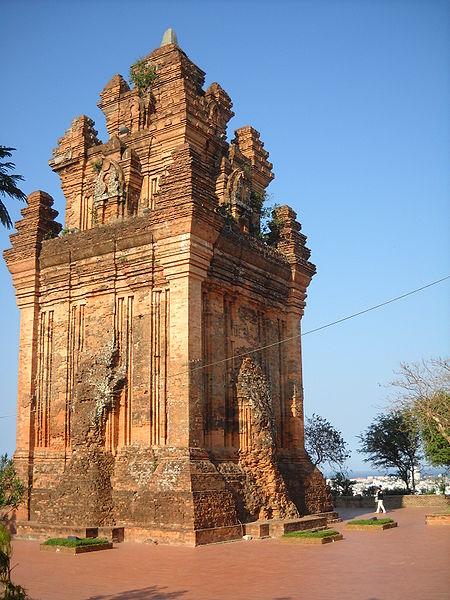 Tuy Hoa (Phu Yen) Vietnam  city photos : Tháp Nhạn, Tuy Hòa, Phú Yên Wikimedia Commons