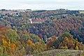 Tharandt - Forstbotanischer Garten - Blick auf Wohnheim Weißiger Höhe 1.jpg