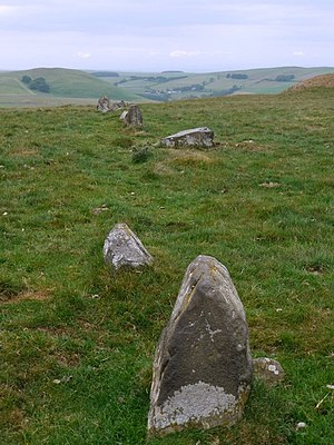 Alignment (archaeology) - Simple example of stone alignment, a stone row