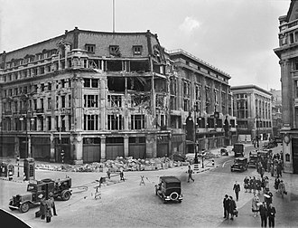 Peter Robinson (department store) - The store at Oxford Circus, having suffered bomb damage in September 1940