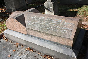 Henry Hawkins, 1st Baron Brampton - The grave of Henry Hawkins, Lord Brampton, Kensal Green Cemetery.
