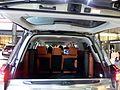 The trunkroom of Lexus LX570 (DBA-URJ201W-GNZGK).JPG