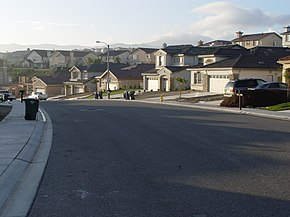 ThousandOaksCA typical street.jpg