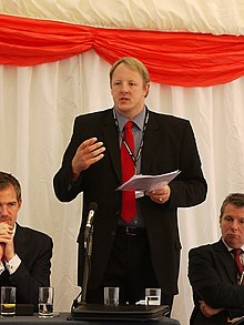 Toby Perkins MP addressing joint NCVO Acevo fringe (6192116652).jpg