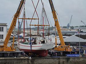 Tonnerres de Brest 2012 - Fée de l'Aulne - 002.JPG