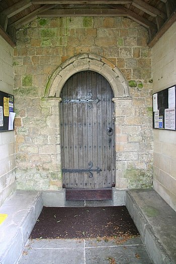 English: Transitional doorway South door of St...