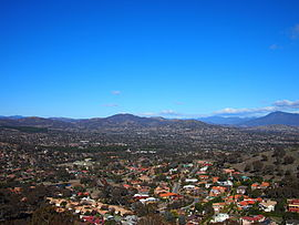 Tuggeranong Valley from Mt Wanniassa July 2013.jpg