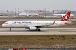 Turkish Airlines, TC-JSO, Airbus A321-231 (31591387110).jpg