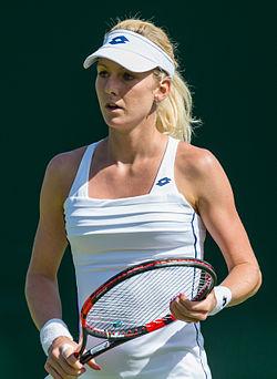 Urszula Radwańska 4, 2015 Wimbledon Championships - Diliff.jpg