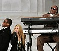 Usher and Shakira at the Obama inauguration, 2009 (cropped).jpg
