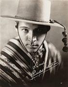Valentino Four Horsemen 1921.jpg