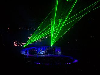 Van Halen's elaborate stage productions required extra security included in their contract riders Van Halen 027.jpg