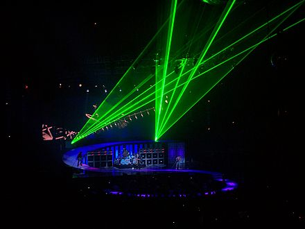 Van Halen's elaborate stage productions require extra security included in their contract riders Van Halen 027.jpg