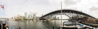 Granville Island - Image: Vancouver desde la isla Granville, Canadá, 2017 08 14, DD 18 23 PAN