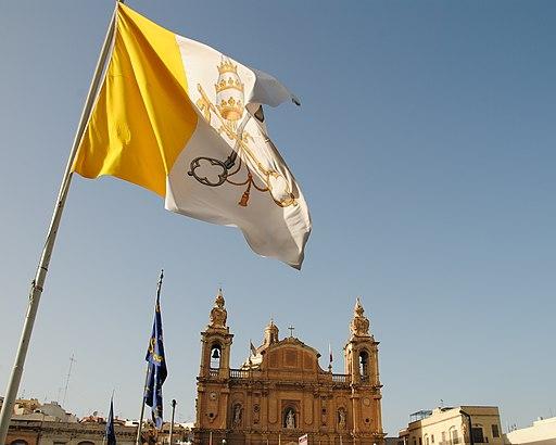 Vatican flag (8583012024)