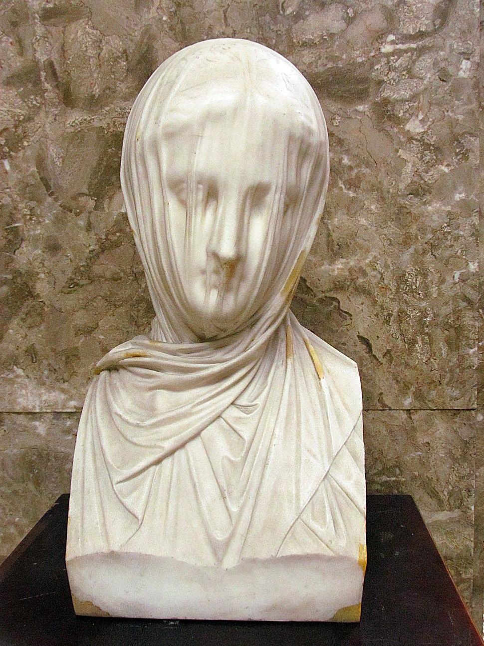 Veiled woman Croff