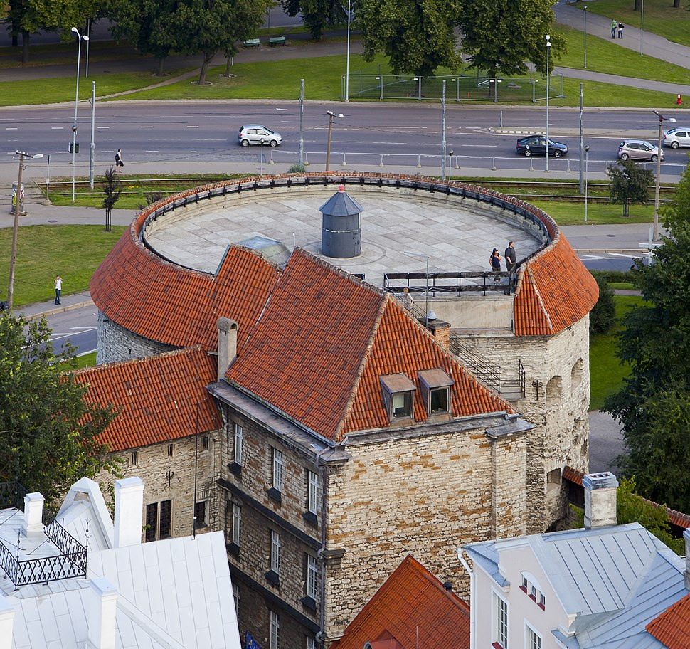 Vistas panorámicas desde la iglesia de San Olaf, Tallinn, Estonia, 2012-08-05, DD 48