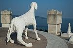 Vittoriale Cani sul Mausoleo.jpg