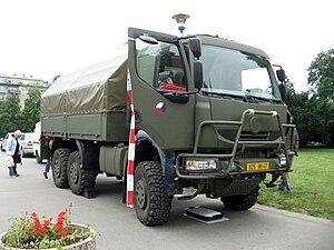 Tatra 810 - Image: Vojenská Tatrovka na Moraváku (2)