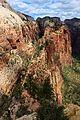 Vue sur la vallée de Zion depuis Angel's Landing -3 (9150670286).jpg