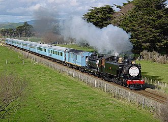 New Zealand British Rail Mark 2 carriage - The eight Capital Connection S class carriages hauled by W<sup>AB</sup> 794 on an excursion near Woodville on 31 August 2003