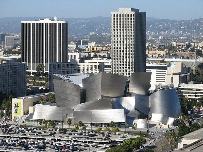 Ficheiro:Walt Disney Concert Hall and surrounding area.jpg