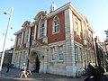 Walthamstow library (43416612310).jpg