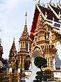 Wat Phra That Su Thon1.jpg