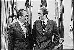 English: President Nixon meets with Russian po...