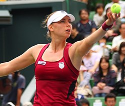 Zvonariova en el Toray Pan Pacific Open de 2011.