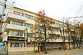 Дом жилой (Дом Техучебы) (вид слева).jpg