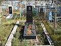 Могила Ж, Т. Тумунова, видного бурятского писателя, Улан-Удэ, Бурятия.jpg