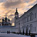Монастырь, на рассвете.jpg