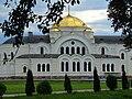 Мікалаеўская царква (Берасьце). Церковь за деревьями.JPG