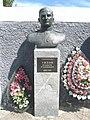 Пам'ятник Титову О.С., в центрі села, с. Титове, Більмацький район, Запорізька область.jpg