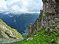 Седловината между вр.Ловница и Злия зъб - panoramio.jpg