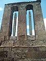 Կոթող-մահարձան Օձունի վանքի բակում 01.jpg