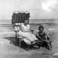 אירנה וגיאורג ליכטהיים 1928 (בתוך אלבום של משפחת ליכטהיים לדורותיה בראש האלבום ע-PHAL-1621309.png