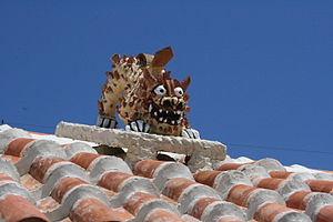 Shisa - An open-mouth roof shisa