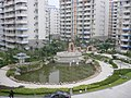 漂亮的盛天现代城内花坛 - panoramio.jpg