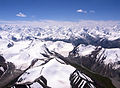 飞越天山 fly over Tian Shan mountains (4117410958).jpg