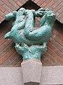 1160 Thalheimergasse 34-38 zwischen Stg. 9 und Stg. 10 - Friedrich Becke-Hof - Keramik-Wandplastik Faultier IMG 8052.jpg