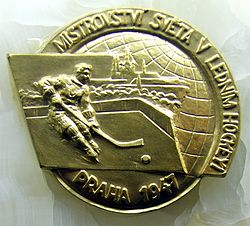 1947 IIHF World Championship Gold Medal.jpg