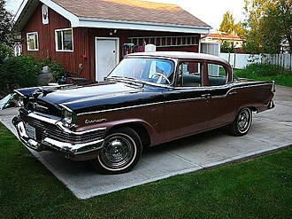 1957 Studebaker Champion DeLuxe 4-Door Sedan 1957 Studebaker Champion (4619420449).jpg