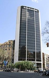 Edifici banc de sabadell viquip dia l 39 enciclop dia lliure for Banc sabadell pisos