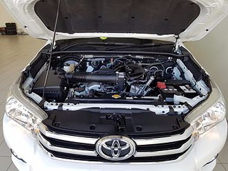Toyota GR engine - 2016 Toyota HiLux V6 engine bay