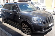 Mini Countryman Cooper With Diffe Grille