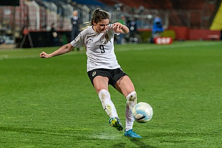 20180405 FIFA Women's World Cup Qualification AUT-SRB Sarah Zadrazil 850 6814.jpg